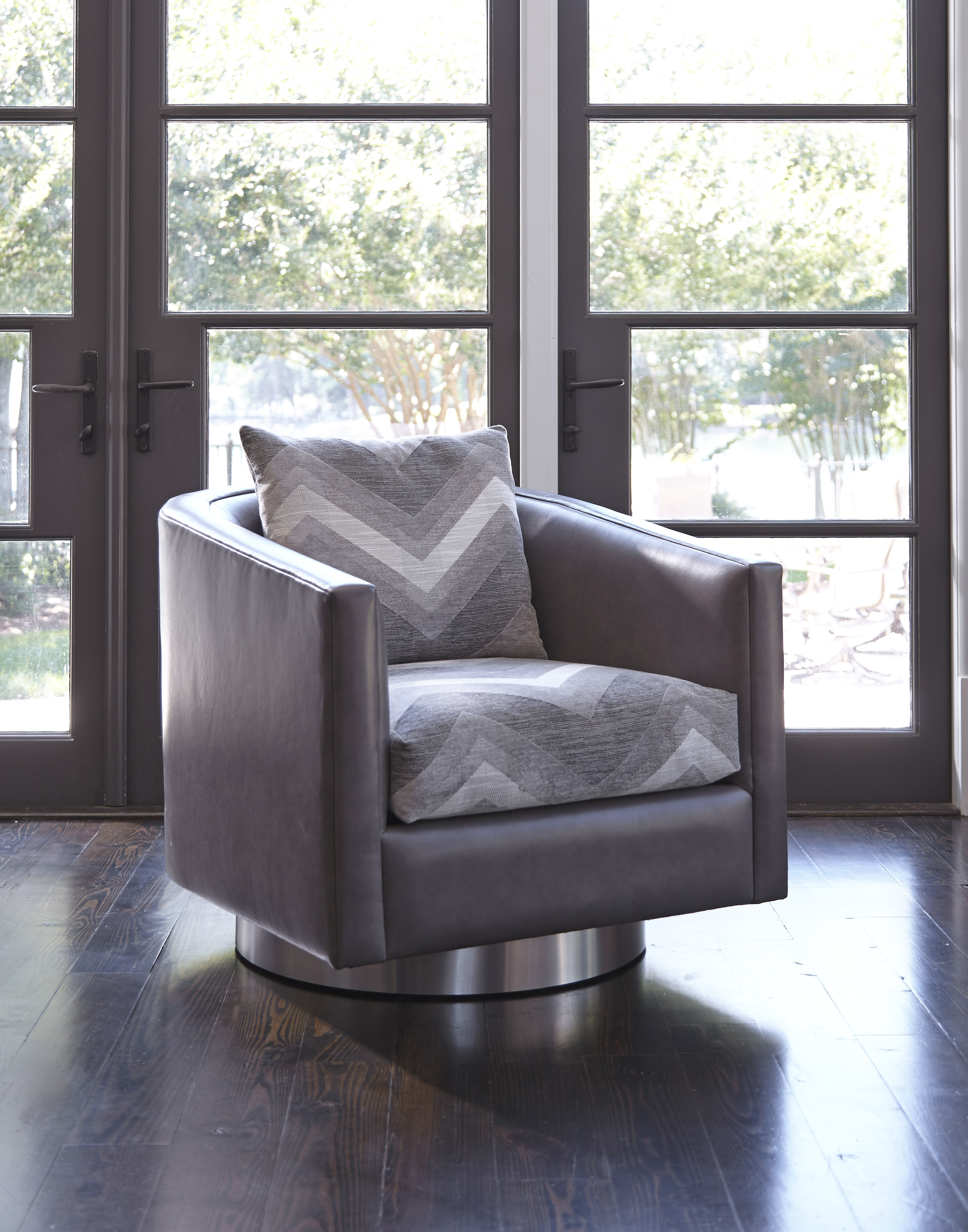 Perfect Burton James Swivel Chair